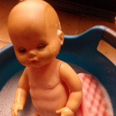 Otras Muñecas de Famosa: NANA MUÑECA DE FAMOSA NENUCO OJOS MARGARITA CON O SIN VESTIDO. Lote 80636122