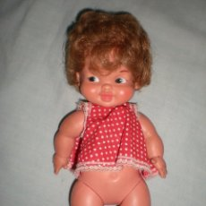 Otras Muñecas de Famosa: MUÑECA PELIRROJA GEMELINA DE FAMOSA AÑOS 70 COMPLETA DE ORIGEN POCO USO. Lote 82979696