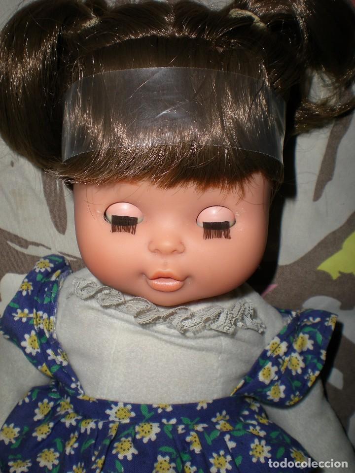 Otras Muñecas de Famosa: bonita mimitos mimos balancín de famosa castaña año 1980 funcionando perfecta - Foto 5 - 85868460