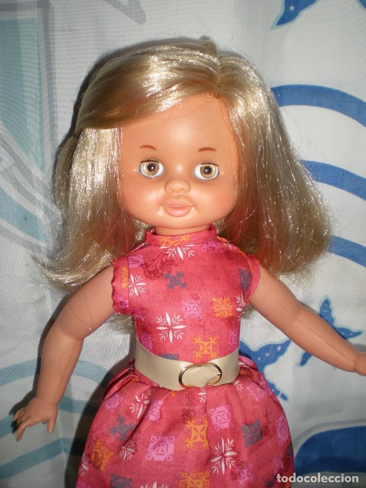 RARA MUÑECA BEGOÑA DE FAMOSA RAYA AL LADO ORIGINAL AÑOS 60 NUEVA SIN USO BRAZOS UNIDOS CON GOMAS (Juguetes - Muñeca Española Moderna - Otras Muñecas de Famosa)