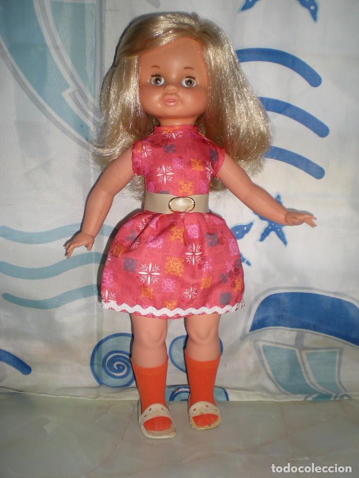 Otras Muñecas de Famosa: rara muñeca begoña de famosa raya al lado original años 60 NUEVA SIN USO brazos unidos con gomas - Foto 2 - 88952560