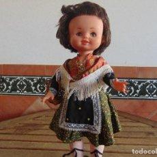 Otras Muñecas de Famosa: MUÑECA BEGOÑA DE FAMOSA VESTIDA DE REGIONAL OJOS MARGARITAS EPOCA NANCY. Lote 89075408