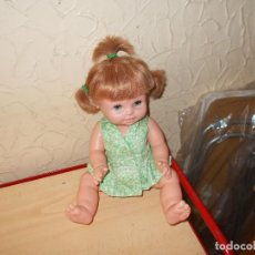 Otras Muñecas de Famosa: ANTIGUA MUÑECA ERNESTIN DE FAMOSA ,OJOS IRIS MARGARITA ,ARTICULADA POR GOMAS ,ROPA ORIGINAL ,AÑOS60. Lote 90861250