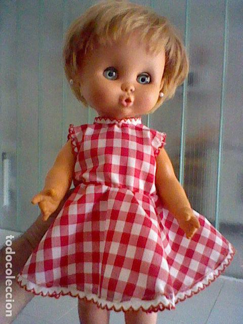 MUÑECA CAROL FAMOSA IRIS MARGARITA PELO CORTO FLEQUILLO DE LAS PRIMERAS AÑOS 60 (Juguetes - Muñeca Española Moderna - Otras Muñecas de Famosa)