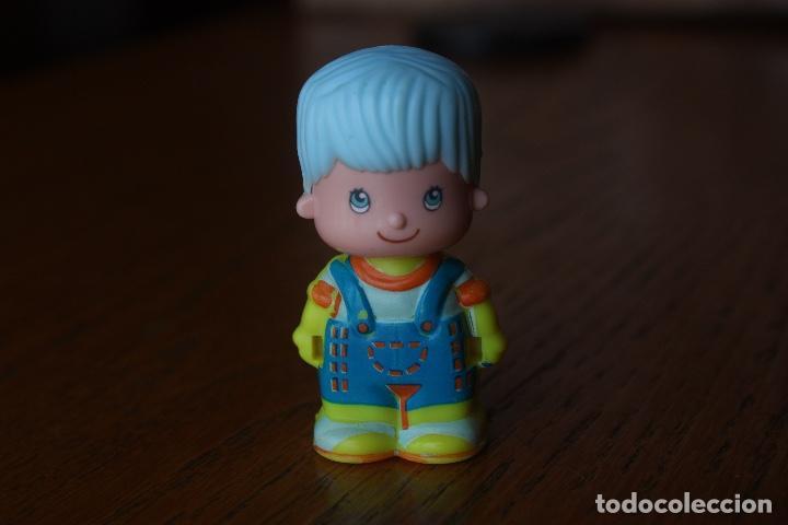 MUÑECO MUÑECA FIGURA PINYPON CHICO - FAMOSA, AÑOS 90 (Juguetes - Muñeca Española Moderna - Otras Muñecas de Famosa)