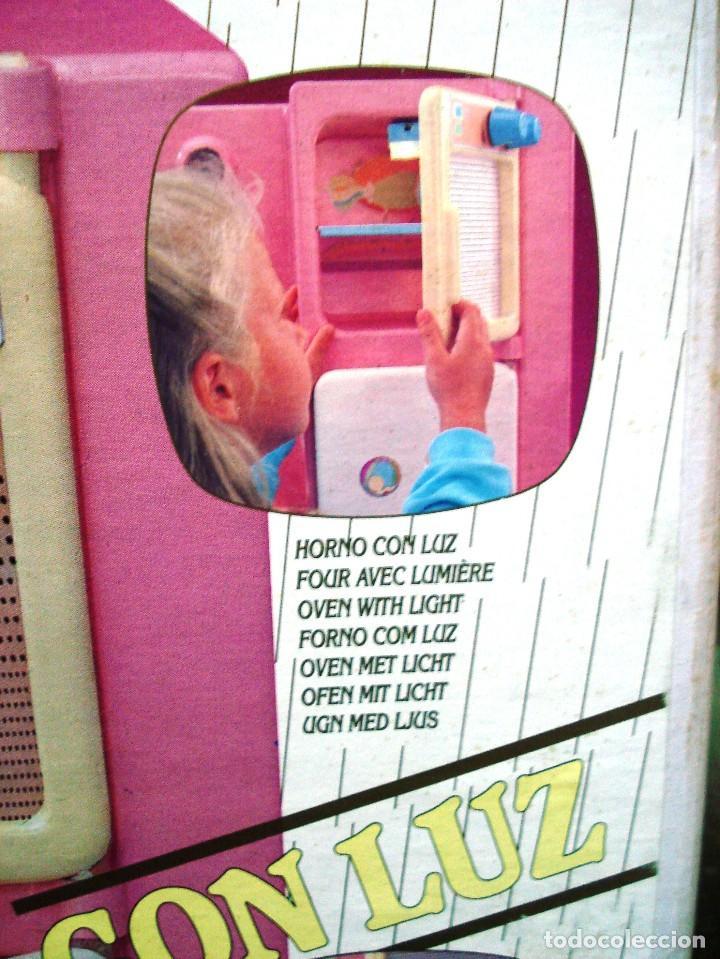 Otras Muñecas de Famosa: NENUCO: MÓDULO COCINA COMEDOR CON AGUA Y LUZ. ¡¡NUEVA, ORIGINAL Y ÚNICA!! AÑOS 90 - Foto 5 - 100493939