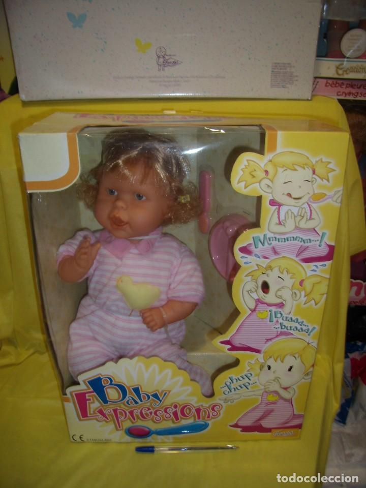 BABY EXPRESSIONS, EXPRESSIONES DE FAMOSA, AÑO 2003, CAMBIA DE CARAS, FUNCIONA, NUEVA SIN USAR. (Juguetes - Muñeca Española Moderna - Otras Muñecas de Famosa)