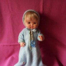 Otras Muñecas de Famosa: MUÑECA NENUCO DE FAMOSA AÑOS 70, CON ROPITA ORIGINAL. Lote 107807911