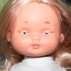 Otras Muñecas de Famosa: MUÑECA DE FAMOSA MONJA ANTIGUA OJOS PINTADOS. Lote 109072471