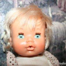 Otras Muñecas de Famosa: MUÑECA NENUCA ANTIGUA ROPA ORIGINAL . Lote 109159803