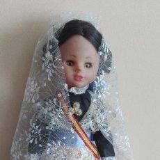Otras Muñecas de Famosa: ANTIGUA MUÑECA FALLERA REGIONAL VALENCIANA SIMILAR A NANCY DE FAMOSA. Lote 110083943