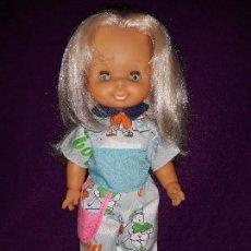 Otras Muñecas de Famosa: HELEN DE FAMOSA. Lote 110251287