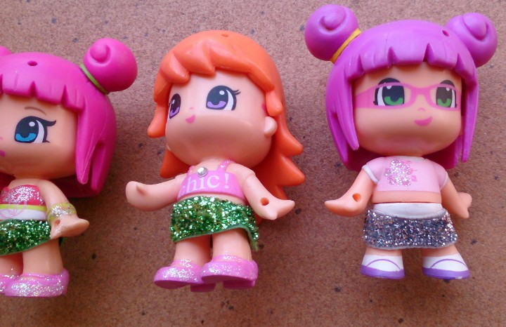 Otras Muñecas de Famosa: Lote 4 muñecas Pinypon Famosa faldas Purpurina - Foto 3 - 149429698