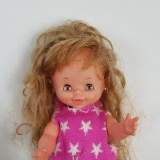 Otras Muñecas de Famosa: MUÑECA CAROLIN FAMOSA AÑOS 70 PELO LARGUÍSIMO. Lote 171599922