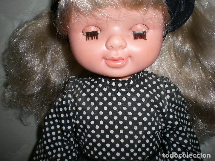 Otras Muñecas de Famosa: graciosa conchi de famosa años 60 pelo ha mechas melena extra larga en perfecto estado - Foto 7 - 112110963