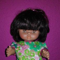 Otras Muñecas de Famosa: MUÑECA CHIQUITINA MULATA DE FAMOSA AÑOS 80'S. Lote 113438820