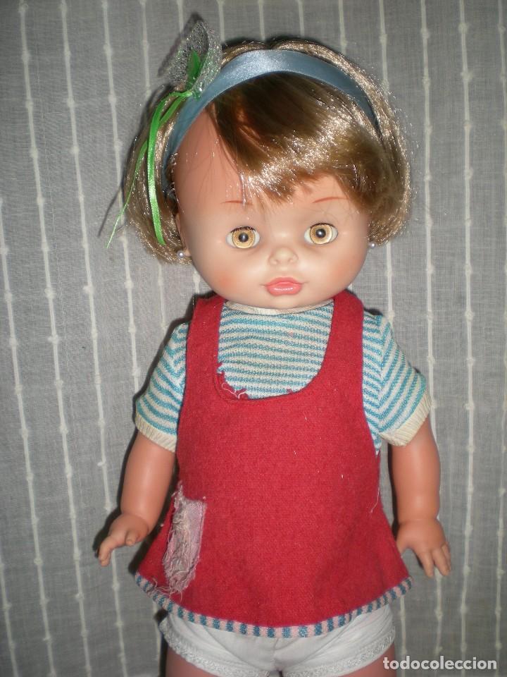 Otras Muñecas de Famosa: bonita muñeca nora de famosa años 70 pelo corto y color cerveza de origen en muy buen estado 48 cm - Foto 2 - 114296507