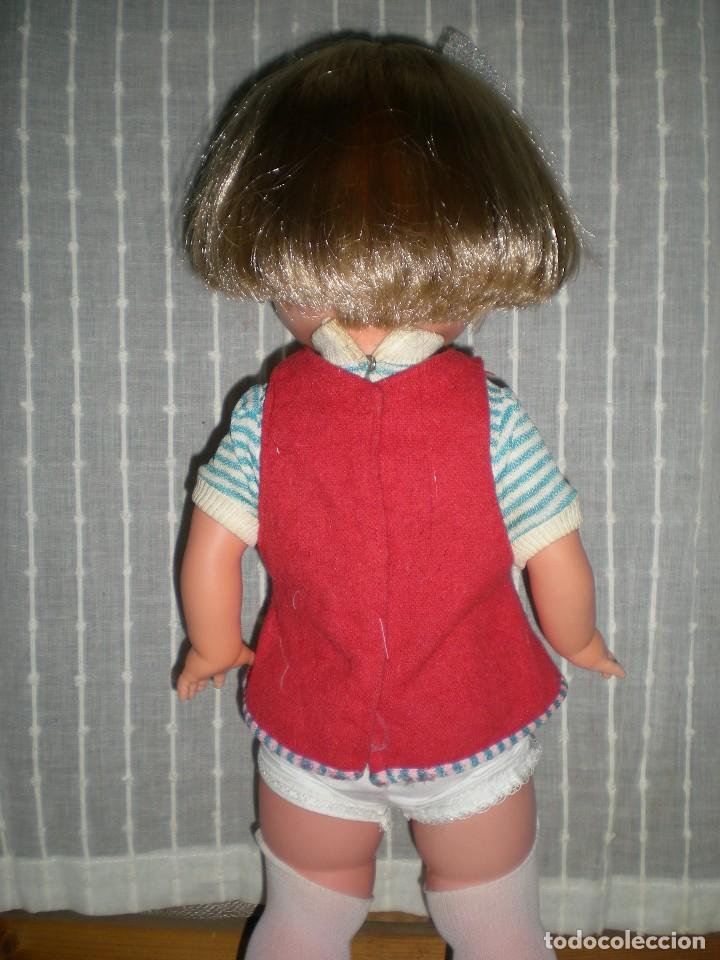 Otras Muñecas de Famosa: bonita muñeca nora de famosa años 70 pelo corto y color cerveza de origen en muy buen estado 48 cm - Foto 5 - 114296507