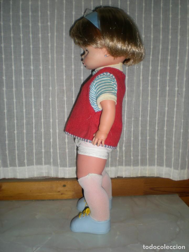 Otras Muñecas de Famosa: bonita muñeca nora de famosa años 70 pelo corto y color cerveza de origen en muy buen estado 48 cm - Foto 6 - 114296507