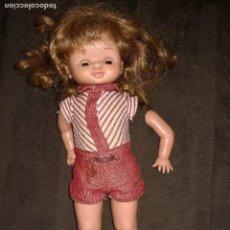 Otras Muñecas de Famosa: MARUJITA ANDADORA. Lote 114441851