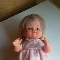Otras Muñecas de Famosa: PRECIOSA MUÑECA NENU LLORA DE FAMOSA NENUCO. Lote 114690144
