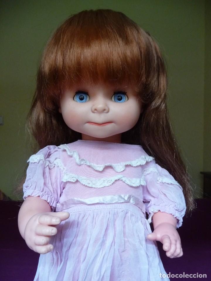 Otras Muñecas de Famosa: Muñeca graciosa de famosa pelirroja ojos azul margarita muy dificil - Foto 3 - 114704923
