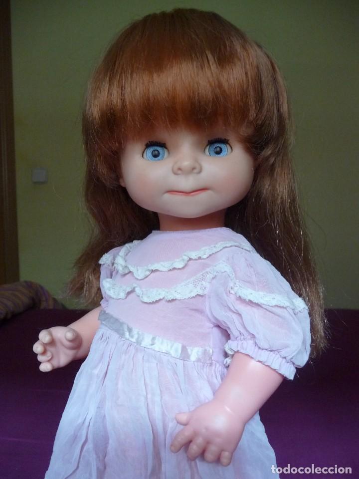 Otras Muñecas de Famosa: Muñeca graciosa de famosa pelirroja ojos azul margarita muy dificil - Foto 8 - 114704923