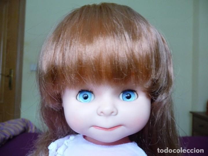 Otras Muñecas de Famosa: Muñeca graciosa de famosa pelirroja ojos azul margarita muy dificil - Foto 9 - 114704923