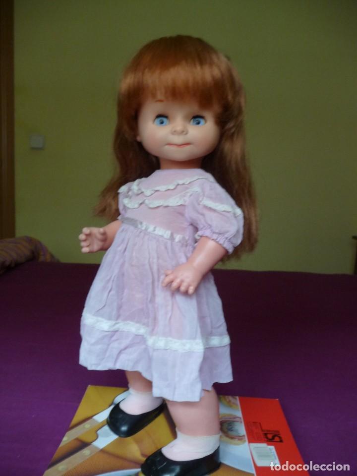 Otras Muñecas de Famosa: Muñeca graciosa de famosa pelirroja ojos azul margarita muy dificil - Foto 13 - 114704923
