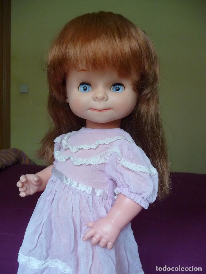Otras Muñecas de Famosa: Muñeca graciosa de famosa pelirroja ojos azul margarita muy dificil - Foto 14 - 114704923