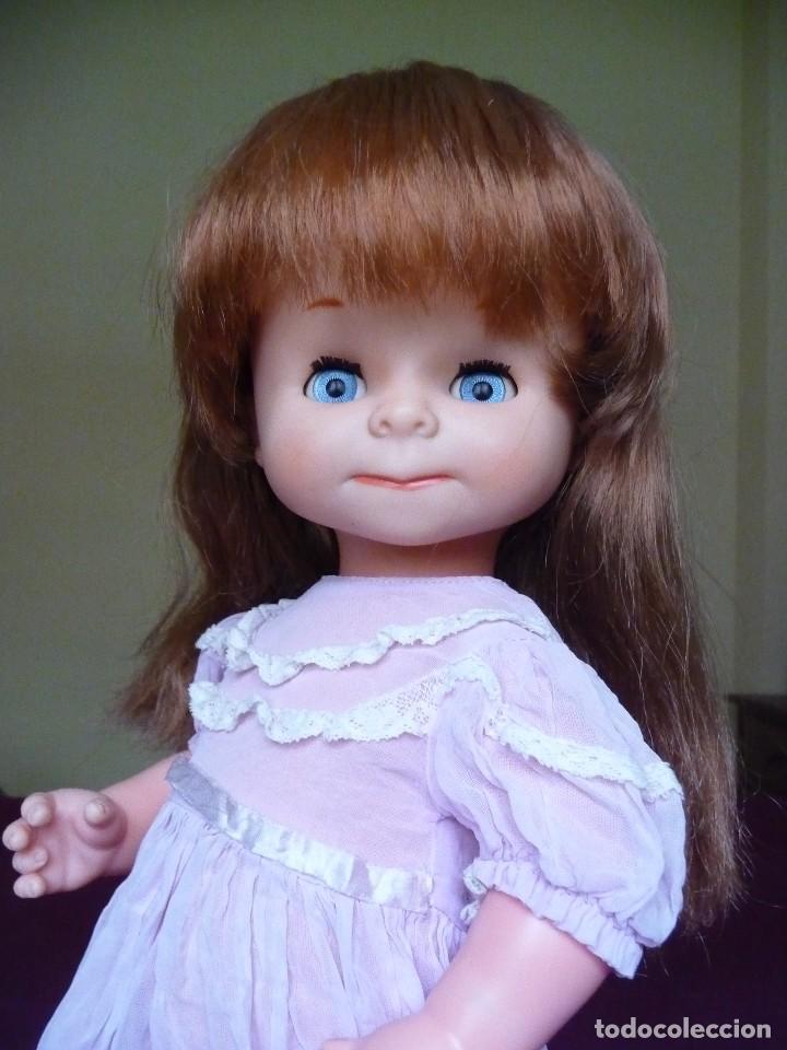 Otras Muñecas de Famosa: Muñeca graciosa de famosa pelirroja ojos azul margarita muy dificil - Foto 15 - 114704923