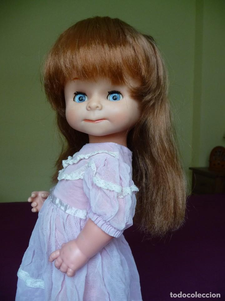 Otras Muñecas de Famosa: Muñeca graciosa de famosa pelirroja ojos azul margarita muy dificil - Foto 18 - 114704923