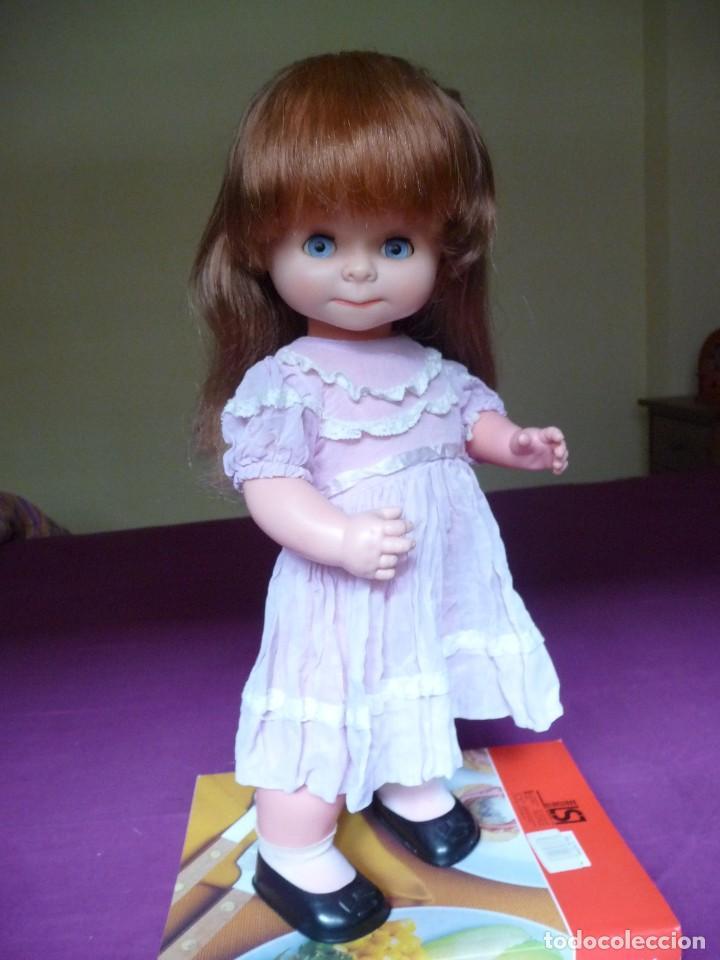 Otras Muñecas de Famosa: Muñeca graciosa de famosa pelirroja ojos azul margarita muy dificil - Foto 27 - 114704923