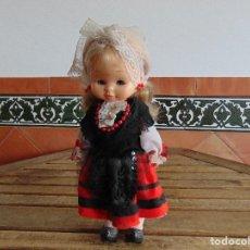 Otras Muñecas de Famosa: MUÑECA MARILOLI MARI LOLI RUBIA DE FAMOSA VESTIDA DE REGIONAL . Lote 115467491