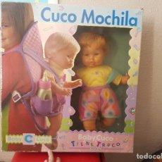 Otras Muñecas de Famosa: ANTIGUA CAJA MUÑECA BEBÉ MUÑECO BABY CUCO NENUCO MOCHILA DE FAMOSA AÑOS 80 SIN USO. Lote 116174863