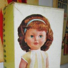 Otras Muñecas de Famosa: ANTIGUA MUÑECA SABELA HABLADORA, DE FAMOSA, CON CAJA, AÑOS 60. Lote 116485863