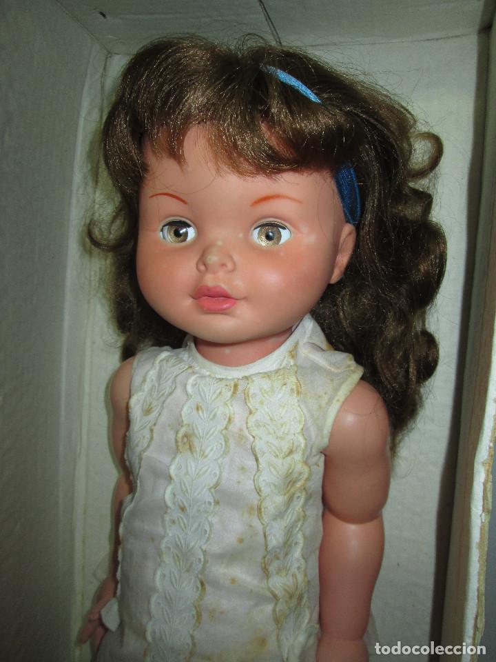 Otras Muñecas de Famosa: Antigua muñeca SABELA HABLADORA, de Famosa, con caja, años 60 - Foto 5 - 116485863