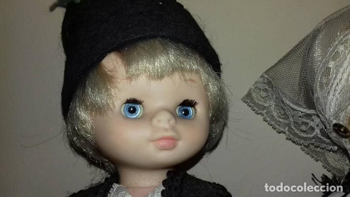 Otras Muñecas de Famosa: dos muñecas mimitas regionales de famosa ojos margarita tamaño lesly - Foto 2 - 116832623