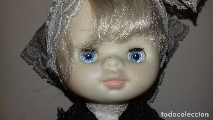 Otras Muñecas de Famosa: dos muñecas mimitas regionales de famosa ojos margarita tamaño lesly - Foto 3 - 116832623