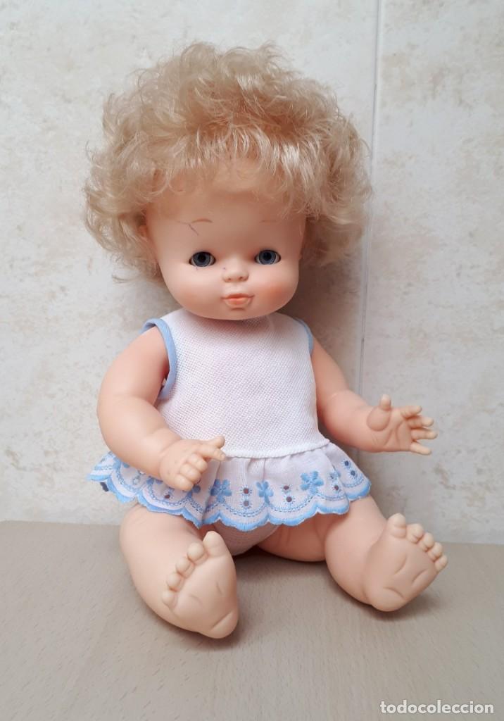 Otras Muñecas de Famosa: MUÑECA GODINA BLANCA CON DOS VESTIDOS - Foto 3 - 117073871