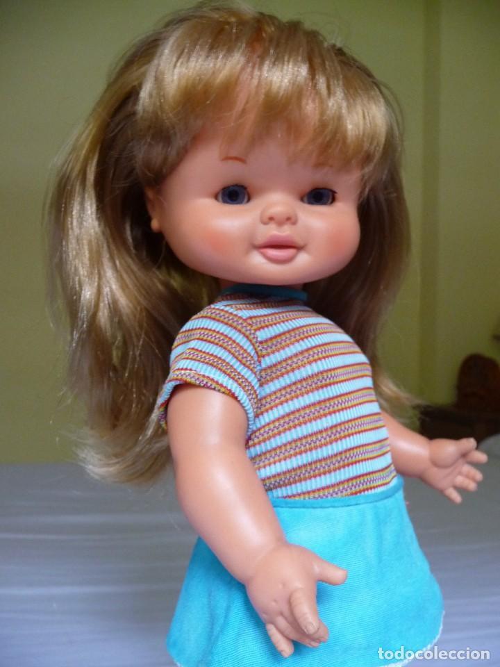 Otras Muñecas de Famosa: Muñeca Maleni de famosa ojos margarita con ropa original epoca Nancy - Foto 2 - 119488115