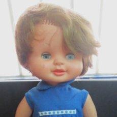 Otras Muñecas de Famosa: MUÑECA BEGOÑA FAMOSA AÑOS 60 ROPA ORIGINAL. Lote 120432715