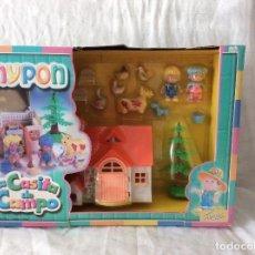 Otras Muñecas de Famosa: LA CASITA DE CAMPO DE PINYPON FAMOSA 1999. Lote 121811239