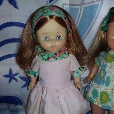 Otras Muñecas de Famosa: BONITA Y RARA MUÑECA BEGOÑA PELIRROJA ANDADORA DE FAMOSA AÑOS 70 ROPA ORIGINAL BOCA DE PIÑON. Lote 125404047
