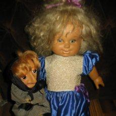 Otras Muñecas de Famosa: MUÑECA DE FAMOSA MARY CARMEN Y DOÑA ROGELIA,MIDE 50 CMS APROXIMADAMENTE. Lote 126957335