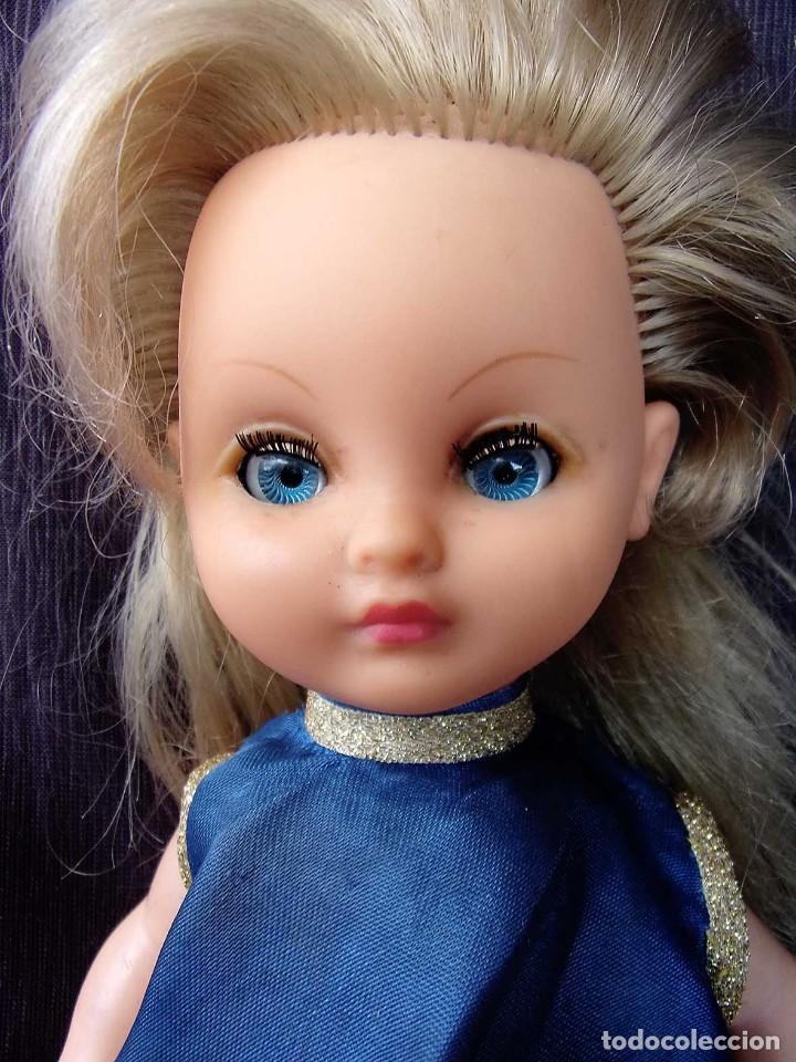 Otras Muñecas de Famosa: ANTIGUA MUÑECA DE PLÁSTICO RÍGIDO. BELLA. FABRICADA EN FRANCIA. AÑOS 60. NO ES NANCY. - Foto 5 - 127905359