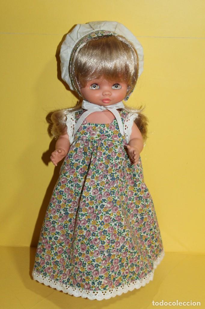 MUÑECA CONCHI ROMANTICA DE FAMOSA - AÑOS 70 (Juguetes - Muñeca Española Moderna - Otras Muñecas de Famosa)