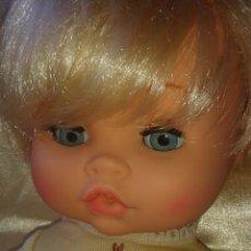 Otras Muñecas de Famosa: PRECIOSO PATOSO SEXADO DE VICMA. Lote 129482887