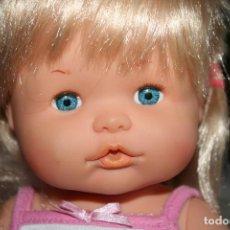 Otras Muñecas de Famosa: MUÑECA NENUCA CON ROPA ORIGINAL. Lote 129544219