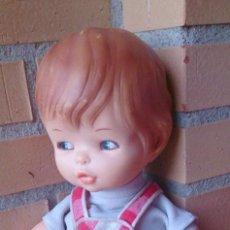 Otras Muñecas de Famosa: MUÑECO BEBÉ FAMOSA AÑOS 70 CUERPO TRAPO RELLENO OJOS PINTADOS. Lote 129965859